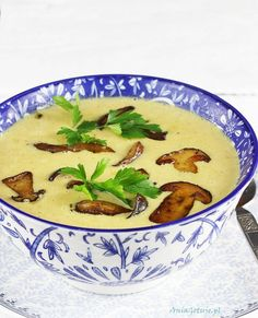 Zupa krem grzybowa, 1 Polish Recipes, Polish Food, Cheeseburger Chowder, Thai Red Curry, Meals, Ethnic Recipes, Impreza, Diet, Meal