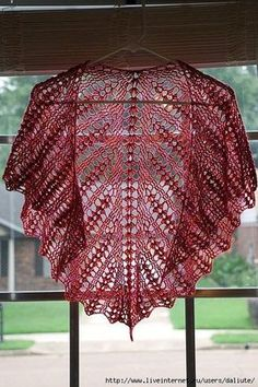exquisite and easy crochet shawl - full pattern:diagram Crochet Shawls And Wraps, Knitted Shawls, Crochet Scarves, Crochet Clothes, Love Crochet, Easy Crochet, Crochet Lace, Shawl Patterns, Crochet Scarfs