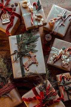 Teenage Girl Gifts Christmas, Easy Diy Christmas Gifts, Christmas Gift Wrapping, Homemade Christmas, Holiday Crafts, Christmas Crafts, Christmas Decorations, Christmas Christmas, Christmas Ideas