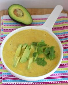 Columbian Corn Soup (Crema de Mazorca Colombiana) ♥ My Colombian Recipes Columbian Recipes, Colombian Cuisine, Corn Soup Recipes, Cooking Recipes, Healthy Recipes, Delicious Recipes, Le Diner, Latin Food, International Recipes