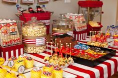 Party decorations ideas for adults movie nights 37 ideas Vintage Birthday Parties, Birthday Party Snacks, 13th Birthday Parties, Adult Birthday Party, Sleepover Party, Carnival Birthday, Snacks Für Party, Vintage Party, 10th Birthday