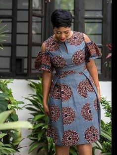 Modern And Trendy Ankara Styles For Beautiful Ladies 2019 By Zahra Delong - 2019 Trends African Fashion Ankara, Latest African Fashion Dresses, African Print Fashion, Africa Fashion, Short African Dresses, African Print Dresses, Trendy Ankara Styles, Ankara Dress Styles, Blouse Styles