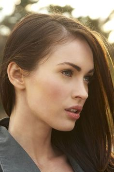 I chose this natural look inspired by Megan Fox: Because it's one of those makeup looks tried once and then couldn't stop doing cause I loved it so much. This is what is called a &#8220…
