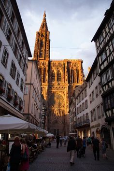 Strassbourg, France w/ view of the cathedral. Oh The Places You'll Go, Places To Travel, Places Ive Been, Persepolis Book, Travel Log, France, Sweet Memories, Great Friends, Dom