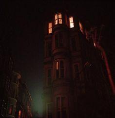 OLIVIA ARTHUR, Istanbul, Late night in Beyoglu, 2006
