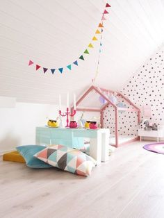 60 Fun Kids Playroom Ideas to Inspire You House Beds For Kids, Kid Beds, Decoracion Low Cost, Deco Kids, Childrens Beds, Little Girl Rooms, Kid Spaces, Kids Decor, Decor Ideas