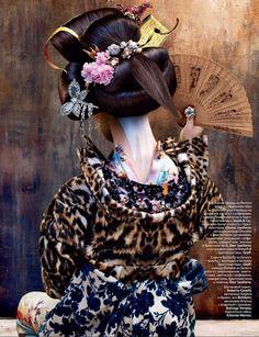 Geisha Makeup, Geisha Art, Geisha Japan, Oriental Fashion, Ethnic Fashion, Asian Fashion, Ethnic Chic, Oriental Style, Japanese Beauty