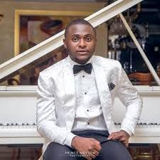 Triple MG boss, Ubi Franklin has revealed his battles with suicidal thoughts and depression. This may not be unconnected to the troubled waters that hit his marriage with popular TV series actress Lilian Esoro. Franklin revealed this via his Instagram page, noting that his troubles started in... #naijamusic #naija #naijafm