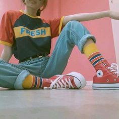 Style Vintage Outfits Retro 20 Ideas Source by deeviaulia clo. Style Vintage Outfits Retro 20 Ideas Source by deeviaulia clothes Vintage Outfits, Retro Outfits, Girl Outfits, Fashion Outfits, Classic Outfits, 90s Style Outfits, 80s Inspired Outfits, Outfit Styles, Hipster Outfits