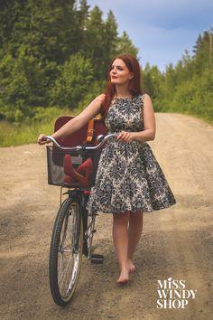 Adventurer (c) misswindyshop.com  #vintagestyle #dress #teadress #circledress #petticoat #50s  #nostalgia #countryroad #bicycle #summer #dressrevolution #mekkovallankumous