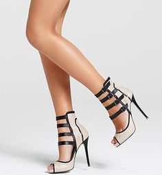 Sexy and classy GLAM - super unique heels! Pretty Shoes, Beautiful Shoes, Cute Shoes, Me Too Shoes, Stilettos, Pumps, Stiletto Heels, Strappy Heels, Hot Heels
