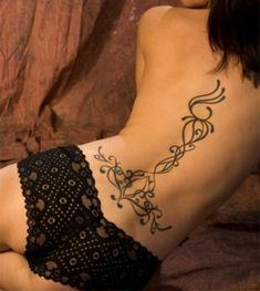 Las 24 Mejores Imágenes De Tatuajes De Tribales En La Espalda Para