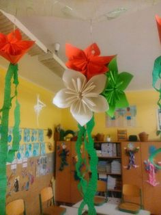 Republic Day Decoration in office and schools. Book Republic day decoration packages in Bangalore starting at Independence Day Theme, Independence Day Activities, Happy Independence Day Images, 15 August Independence Day, Independence Day Decoration, Diy And Crafts, Crafts For Kids, Arts And Crafts, Paper Crafts
