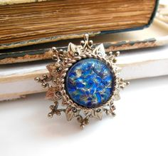 Vintage Blue Gold Foiled Glass Tiered Victorian Style Flower Brooch Pin II18