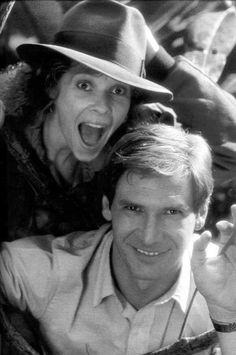"Kate Capshaw y Harrison Ford en el rodaje de ""Indiana Jones y el Templo Maldito"" (Indiana Jones and The Temple of Doom), 1984 Henry Jones Jr, Harrison Ford Indiana Jones, Indiana Jones Films, I Movie, Movie Stars, Kate Capshaw, Adventure Movies, Star Wars, Cinema"