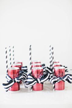 Abby Larson gives you an inside DIY scoop on what goodies to include in a bachelorette party goodie bag. Hen Party Favours, Hen Party Bags, Hen Party Gifts, Party Gift Bags, Diy Party, Party Ideas, Shower Favors, Shower Invitations, Wedding Favors