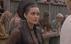 """Shannyn Sossamon as Jocelyn in """"A Knight's Tale"""" The Way Movie, Shannyn Sossamon, A Knight's Tale, Paul Bettany, Rufus Sewell, Han And Leia, We Will Rock You, Heath Ledger, Dress Up Outfits"""