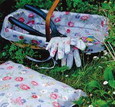 Cath Kidston Summer Toile Grey in the Garden