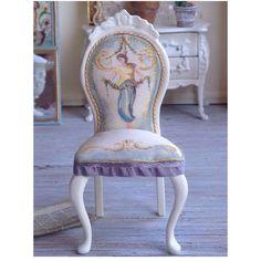 https://www.etsy.com/uk/listing/467787945/sale-renaissance-maiden-chair-112?ref=shop_home_active_11