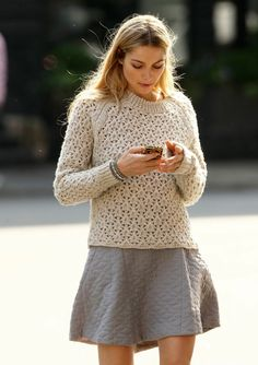 sweater and skirt fall outfit