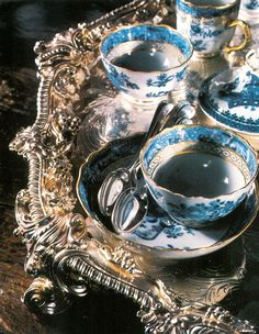 ♔ My tea set - given to me when I was but 21 years of age. Vintage Tee, Vintage China, Vintage Party, Tea Cup Saucer, Tea Cups, Bandeja Bar, Ivy House, My Cup Of Tea, Tea Service