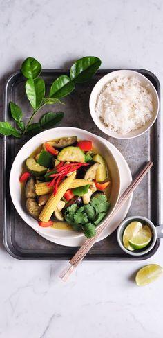 Thai Green Chicken Curry | eatlittlebird.com