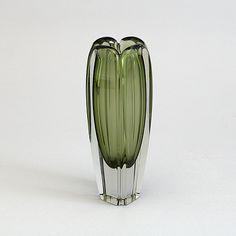 Vintage Vases, Retro Vintage, Glass Design, Design Art, Bukowski, Finland, Modern Contemporary, Glass Vase, Folk