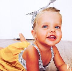 Top Baby Names 2015 for Girls - Name Baby Girl - Ideas of Name Baby Girl - nσt єvєn thє ѕun cαn ѕhínє αѕ вríght αѕ чσu Baby Girl Blue Eyes, Blue Eyed Baby, Cute Baby Girl, Lil Baby, Little Babies, Cute Babies, Baby Kids, Little Girls, Blonde Baby Girl