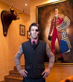 Spanish Matador Juan José Padilla  'Injuries Are My Medals - Now I've Won the Gold'  http://tinyurl.com/bp83ppp