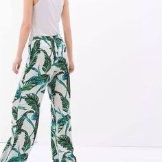 I just discovered this while shopping on Poshmark: Zara Palazzo Leaf Wide Leg Pant Small. Check it out!  Size: S