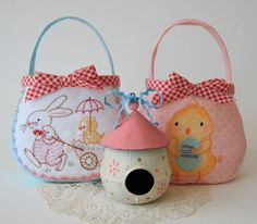 I thought you might like a new Googy Bag to make for Easter.  Actually there's two designs for the front of the Googy Bag 2.  1.Bunny Bag…                      2.Chicky Bag….    …