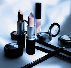 Love Lace mac cosmetics