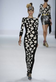 mondo-guerra-project-runway-new-york-fashion-week.jpg (325×475)
