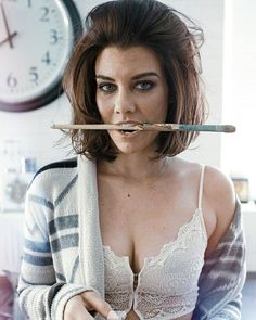 Lauren Cohan is so hot British Actresses, Actors & Actresses, Glenn Y Maggie, Lauren Cohen, Maggie Greene, Amc Walking Dead, Actrices Hollywood, Tumblr, Lily Collins