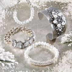 Add glitz and glam to your winter wardrobe with these easy to make Christmas Glitz Stackable Bracelets. Ideal for gift giving. Stackable Bracelets, Jewelry Bracelets, Jewelery, Diy Bracelet, Necklaces, Christmas Gifts To Make, Diy Holiday Gifts, Diy Jewelry Projects, Jewelry Ideas
