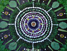 Land Art, Wheel Of Life, Flower Mandala, Geometric Art, Art Nature, The Originals, Origins, Geometry, Turning