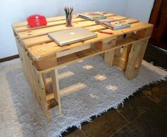 Wooden #Pallet Computer / Study #Desk - 130+ Inspired Wood Pallet Projects | 101 Pallet Ideas - Part 2