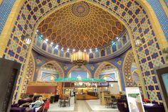 ドバイの世界一美しいと言われているスターバックスでコーヒーを飲みました | roomie(ルーミー) Love Cafe, Starbucks Coffee, Abu Dhabi, Land Scape, Barcelona Cathedral, Landscape Photography, Dubai, Places To Visit, Europe