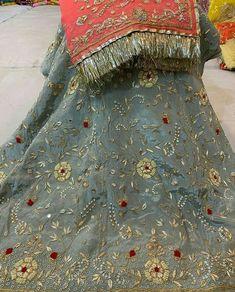 Pakistani Wedding Outfits, Pakistani Dresses, Indian Dresses, Rajasthani Bride, Rajasthani Dress, Punjabi Suits Designer Boutique, Choli Dress, Rajputi Dress, Fancy Dress Design