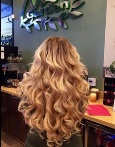 High quality hair form divas wig store on aliexpress, 100% virgin human hair wig ,Brazilian ,Indian ,Malaysian ,Peruvian and Chinese hair. lace closure , silk base closure , deep curly wave ,body wave ,loose wave ,straight hair weaves extensions. Whatsapp:+86 13964837867 Email address: divaswig@outlook.com