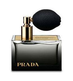 Socorro Bonilla uses  (Perfume )