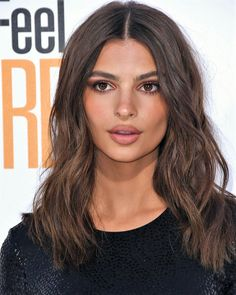 Cars - Idée Maquillage 2018 / 2019 : Emily Ratajkowski Drives Race Car at ABB FIA Formula E Championship in Berlin! Ombré Hair, Hair Day, New Hair, Natural Summer Makeup, Natural Makeup, Emily Ratajkowski Make Up, Emily Ratajkowski Lipstick, Hair Inspo, Hair Inspiration