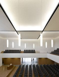 Clean interior. The Evangelical Temple in Terrassa by OAB.
