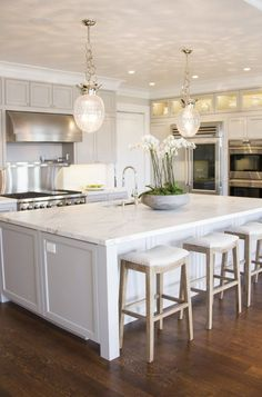 We love the fresh and clean feel of this kitchen!