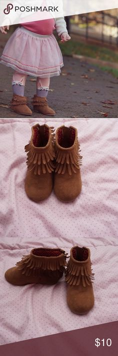 Girls Brown Moccasins Super adorable with various outfits. One has slight wear at the toes as shown in pictures but in good condition otherwise. Size 5. Bundle and save! Shoes Moccasins