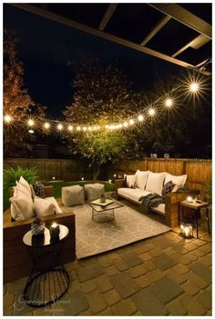 Casual Modern Backyard Patio Reveal You guys, it's here! The moment you have all been waiting for, the final reveal of our Casual Modern Backyard Patio Makeover! I am beyond excited to share our finished space for week six of the O Small Backyard Design, Backyard Patio Designs, Modern Backyard, Small Backyard Landscaping, Diy Patio, Small Patio, Backyard Ideas, Patio Ideas, Backyard Pools
