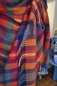 Spotted this blanket snapped the photo and still dreaming of it. 2019 Spotted this blanket snapped the photo and still dreaming of it. The post Spotted this blanket snapped the photo and still dreaming of it. 2019 appeared first on Wool Diy. Fall Plaid, Tartan Plaid, Blue Plaid, Plaid Blanket, Plaid Scarf, Textiles, Warm Outfits, Red And Blue, Orange Red