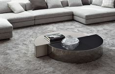 Get Inspired with Vintage Coffee Tables Center Table Living Room, Table Decor Living Room, Minotti Furniture, Table Furniture, Coffe Table, Modern Coffee Tables, Tea Table Design, Drawing Room Design, Furniture Styles