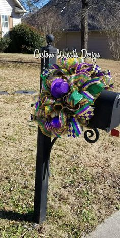 Your place to buy and sell all handmade things Mardi Gras Mailbox Topper, Mardi Gras Swag, Mardi Gras Wreath, Mailbox Decor Mardi Gras Centerpieces, Mardi Gras Decorations, Mardi Gras Outfits, Mardi Gras Costumes, Mardi Gras Wreath, Mardi Gras Beads, Mardi Gras Food, Mardi Gras Party, Mardi Gras Activities