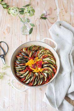 Roasted vegetables provençal recipe (vegan)